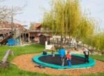 12 Spielplatz_Trampolin-min